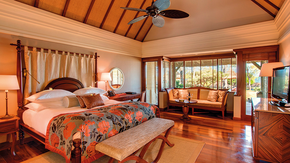 Bedroom of the Junior Suite at Constance Prince Maurice