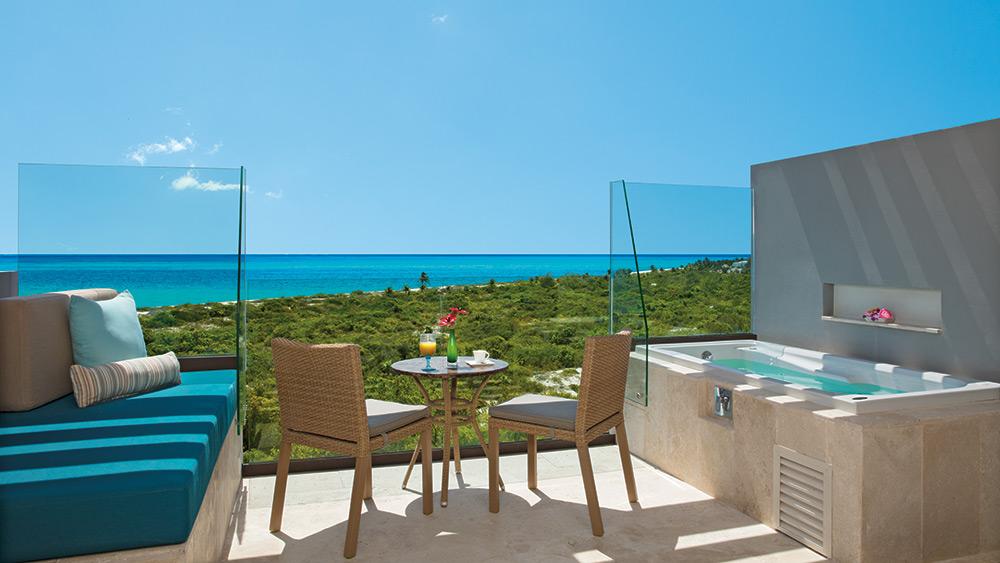 Balcony of the Preferred Club Junior Suite Ocean View at Dreams Playa Mujeres