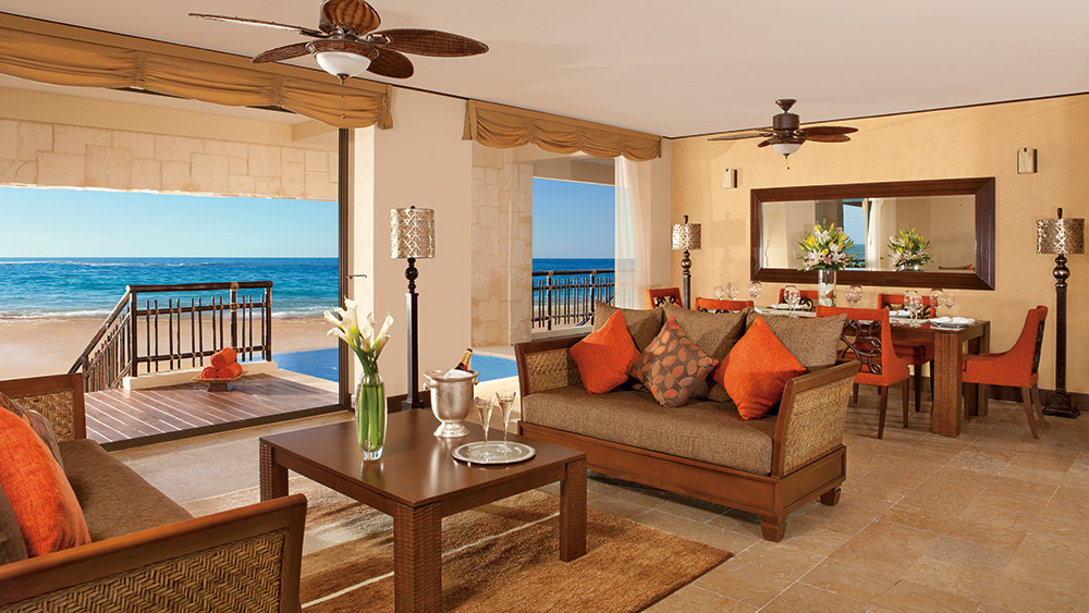 Living room of the Presidential Suite at Dreams Riviera Cancun