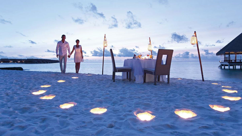 late night beach dining at the Constance Moofushi Maldives