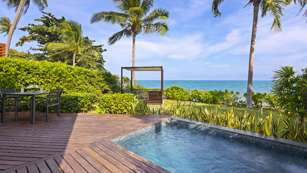 Beachfront Plunge pool Suite at the Outrigger koh Samui