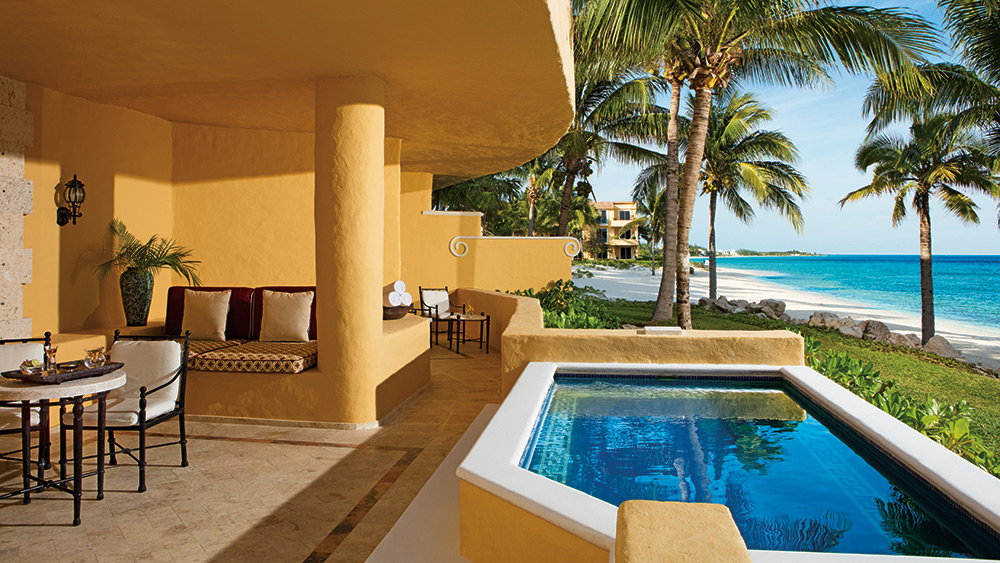 Private pool of the Butler Ocean Front Two Bedroom Governer Suite at Zoetry Paraiso de la Bonita