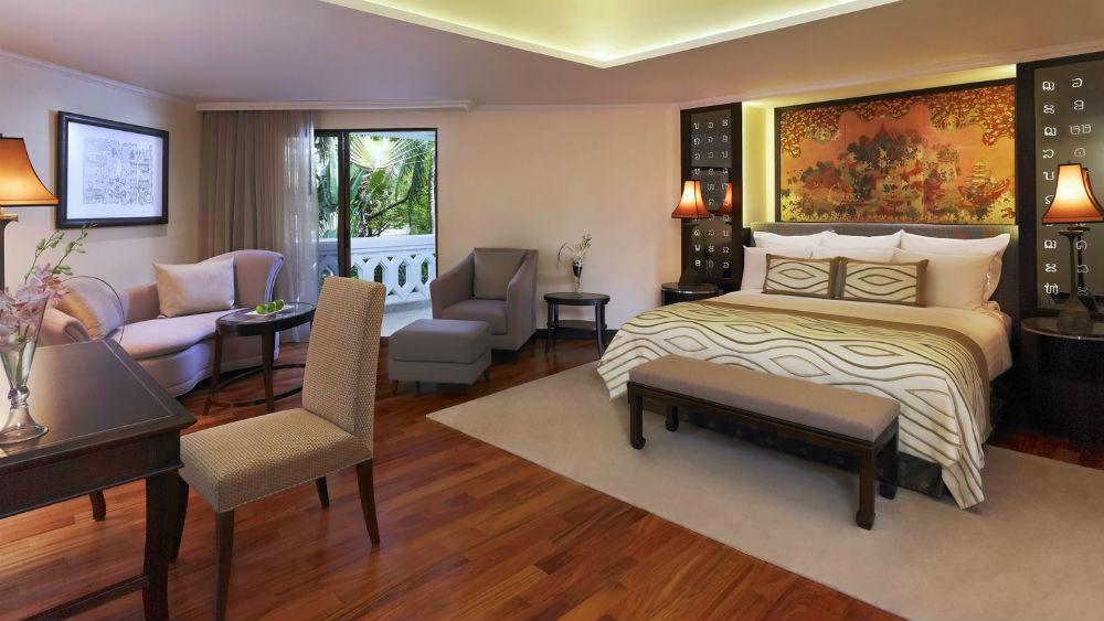 Deluxe Junior Suite at the Anantara Riverside Bangkok Resort