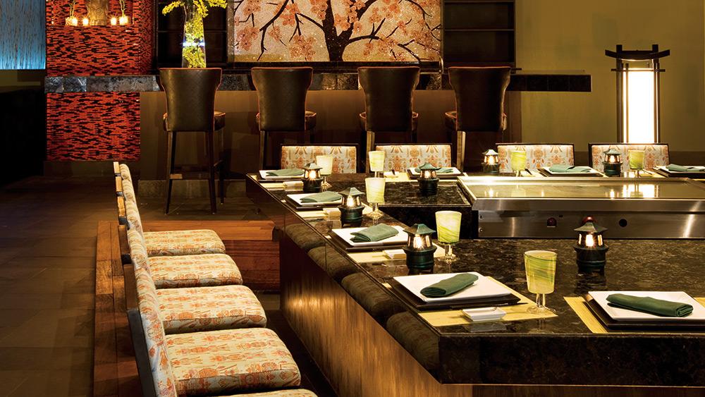 Teppanyaki grill in Himitsu Restaurant at Secrets Maroma Beach Riviera