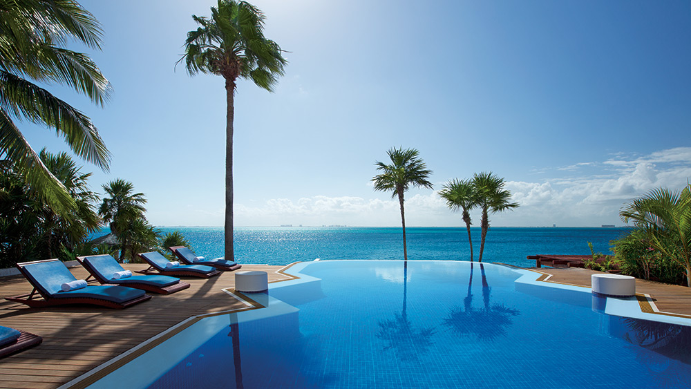 Infinity pool at Zoetry Villa Rolandi Isla Mujeres