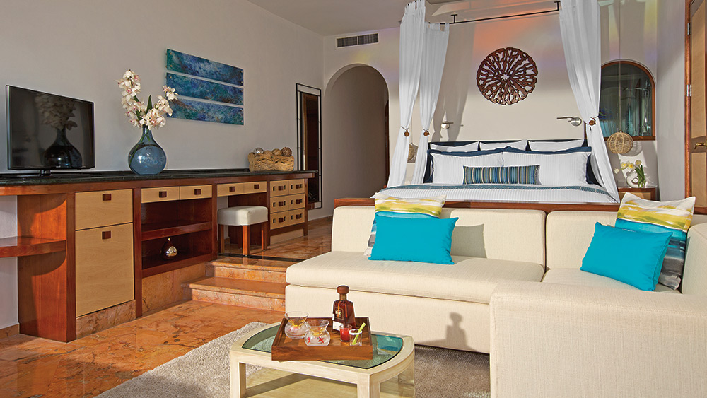 Bedroom of the Junior Suite Ocean Front at - Zoetry Villa Rolandi Isla Mujeres
