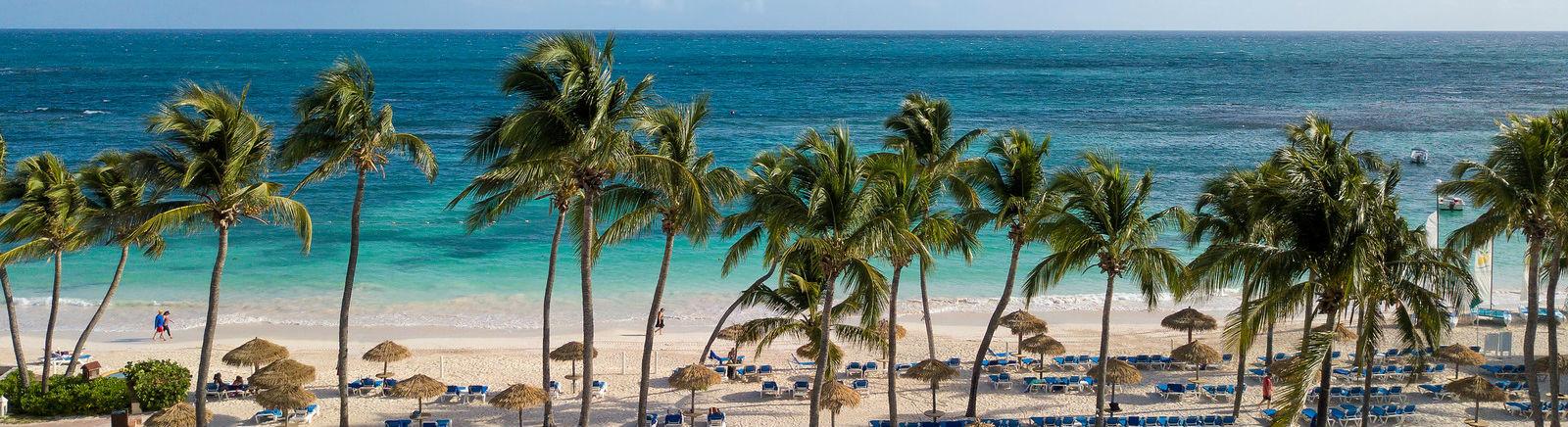 Main beach - Pineapple Beach Club, Antigua