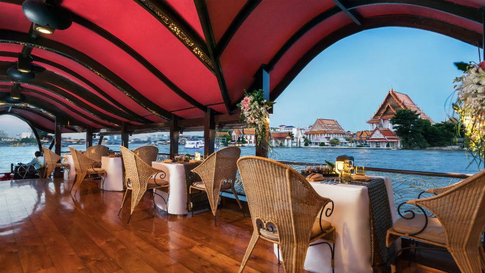 Manohra Cruises at the Anantara Riverside Bangkok Resort