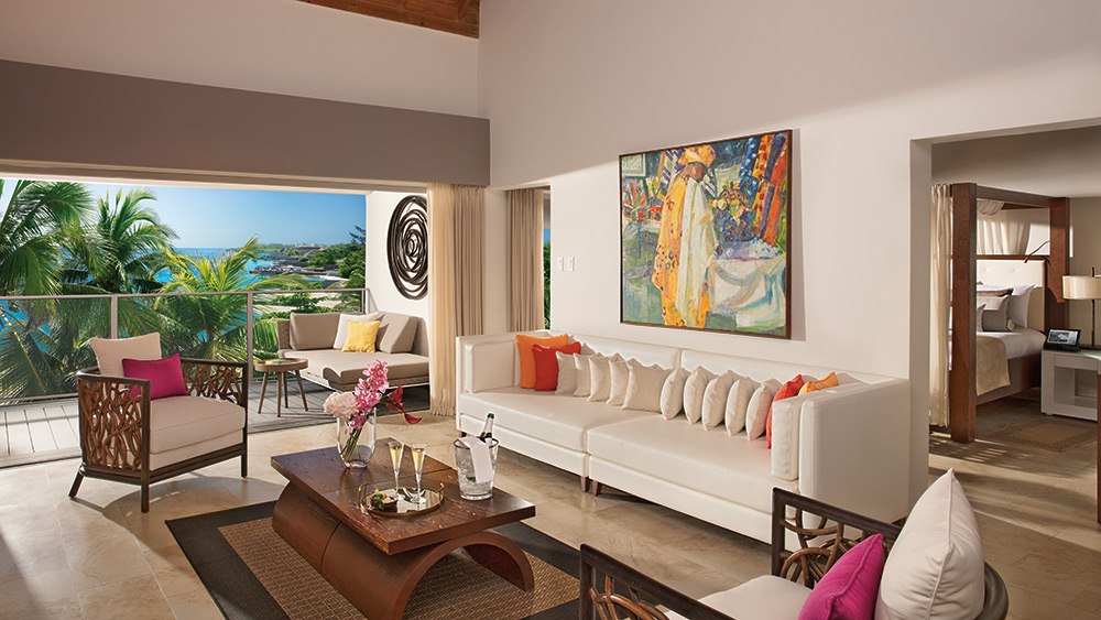 Living room of the Master Suite Ocean View at Zoetry Montego Bay
