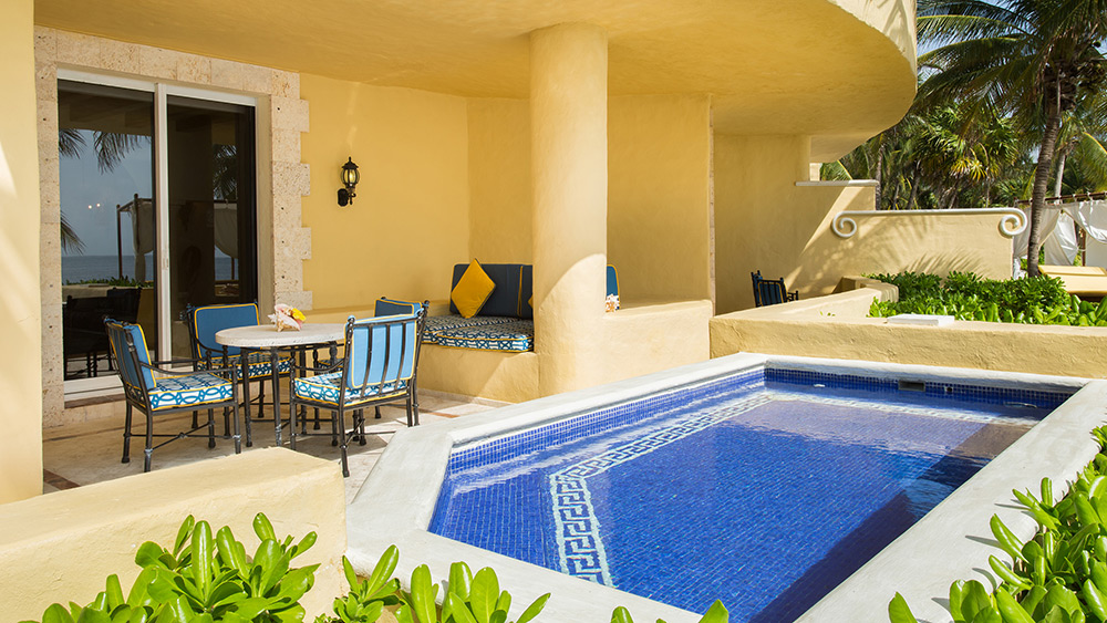 Private pool of the Ocean Front Master Suite Two Bedroom with Terrace at Zoetry Paraiso de la Bonita
