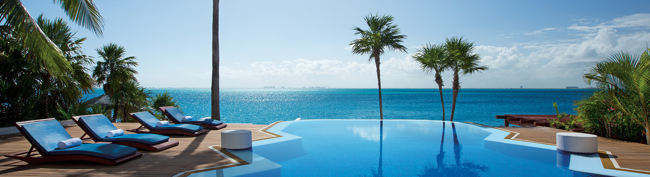 Infinity pool at Zoetry Villa Rolandi Isla Mujeres