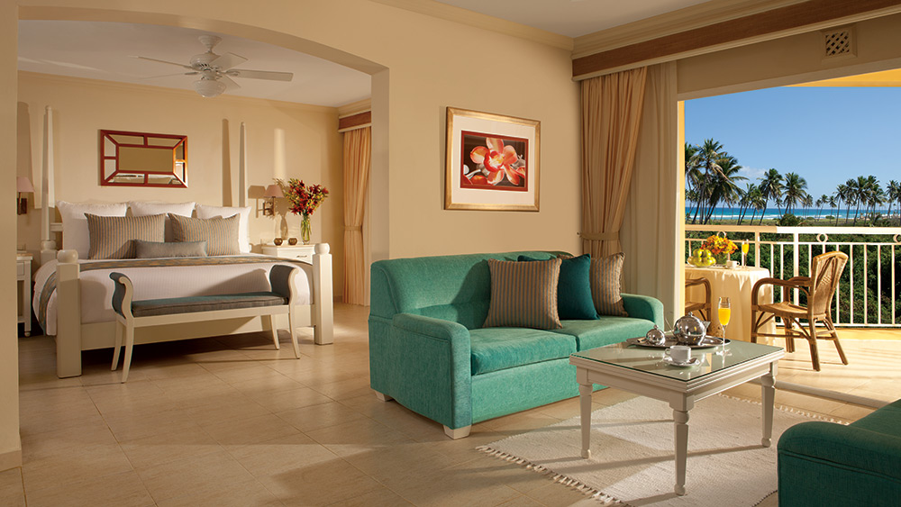 Living room of the Preferred Club Honeymoon Suite Tropical View at Dreams Punta Cana