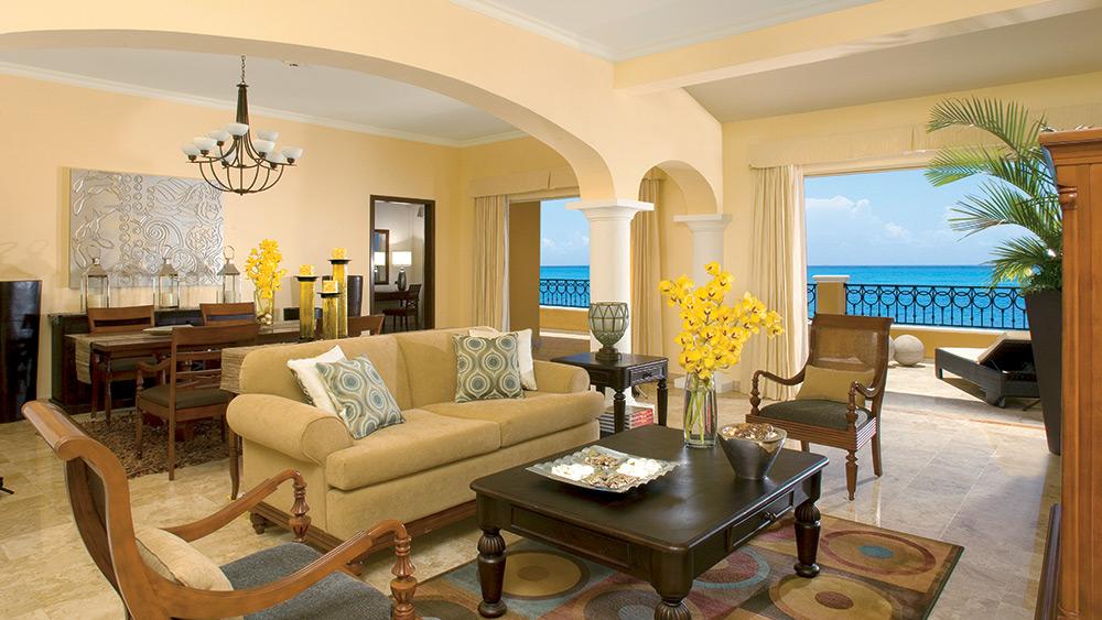 Living room of the Preferred Club Presidential Suite at Secrets Capri Riviera