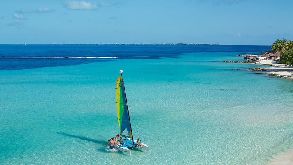 Catamaran at Dreams Sands Cancun