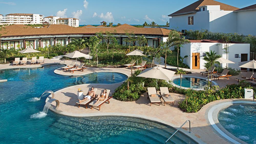 Spa pools at Secrets Playa Mujeres