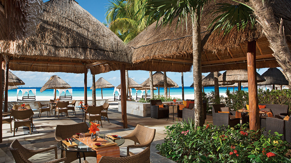 Outdoor dining at Sushi Cerviche at Dreams Sands Cancun