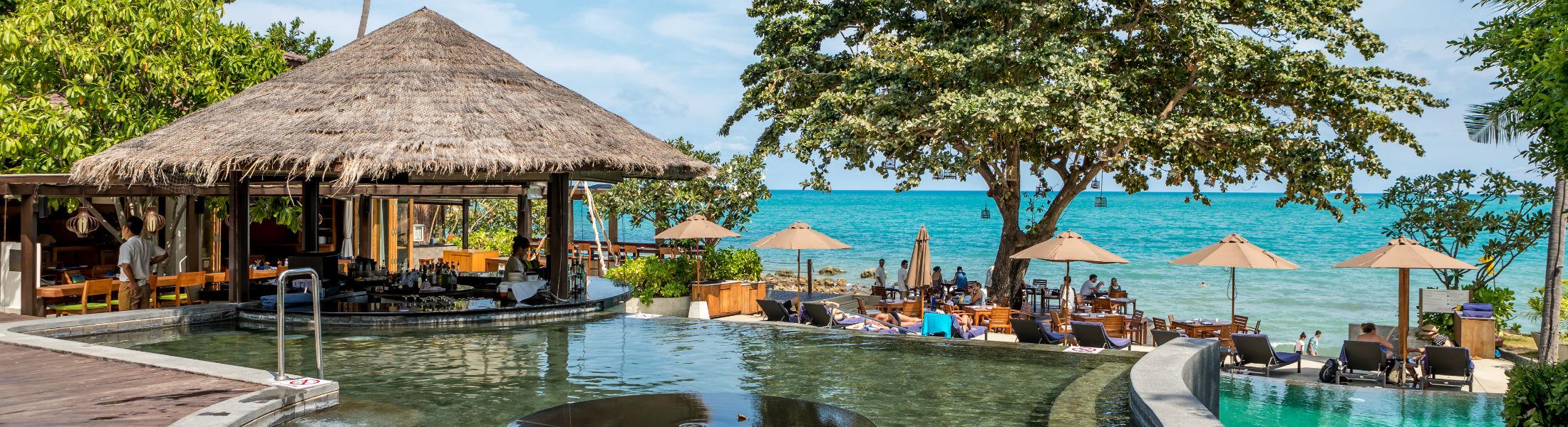 Swim up bar at the Outrigger koh Samui beach resort