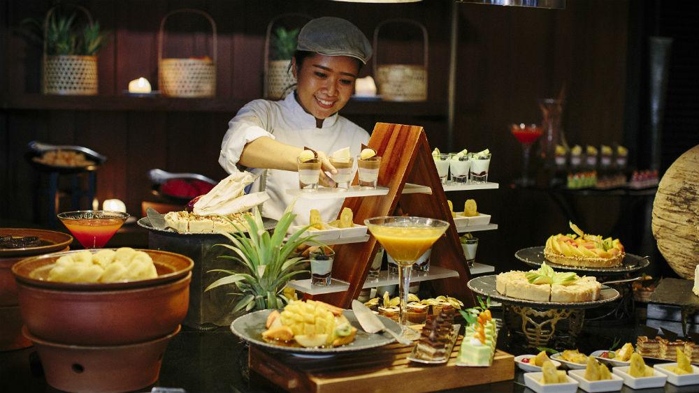 Terrace Dessert at the Anantara Riverside Bangkok Resort