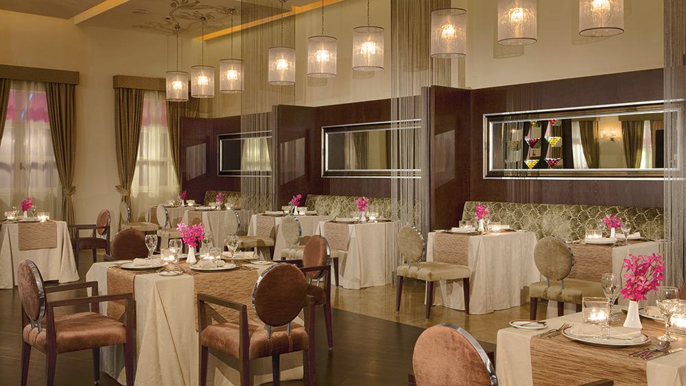 Indoor dining area in Bordeaux Restaurant at Secrets St James