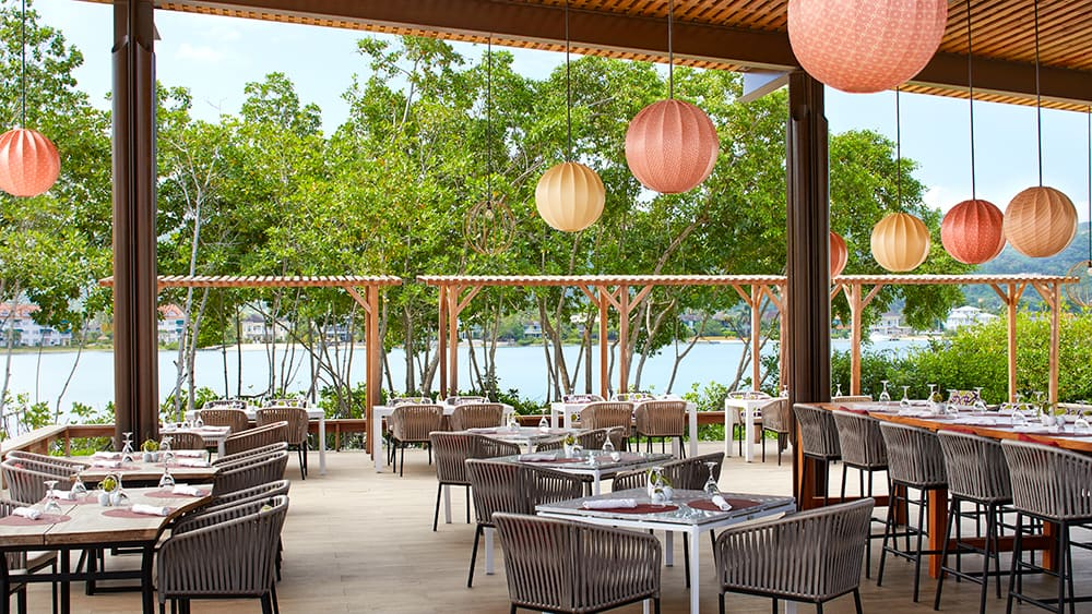 Open air dining at Fishnets Restaurant at Breathless Montego Bay