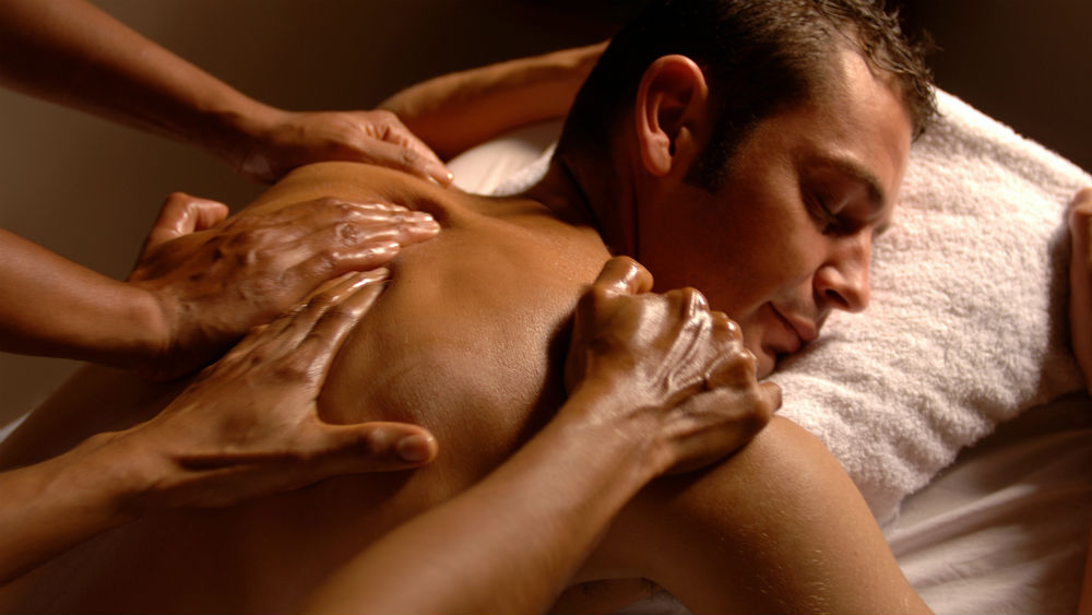 Four-hand Massage at the Viceroy Bali