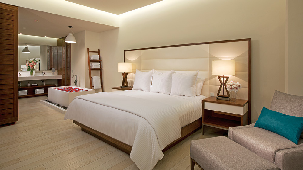 Bedroom of the Preferred Club Governor Suite at Secrets The Vine