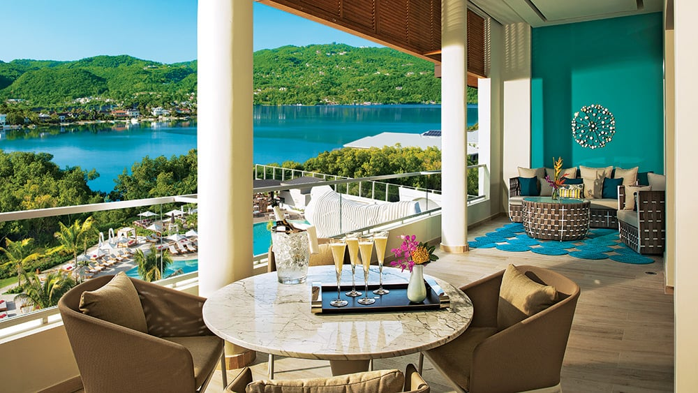 Terrace of the Xhale Club Presidential Suite at Breathless Montego Bay