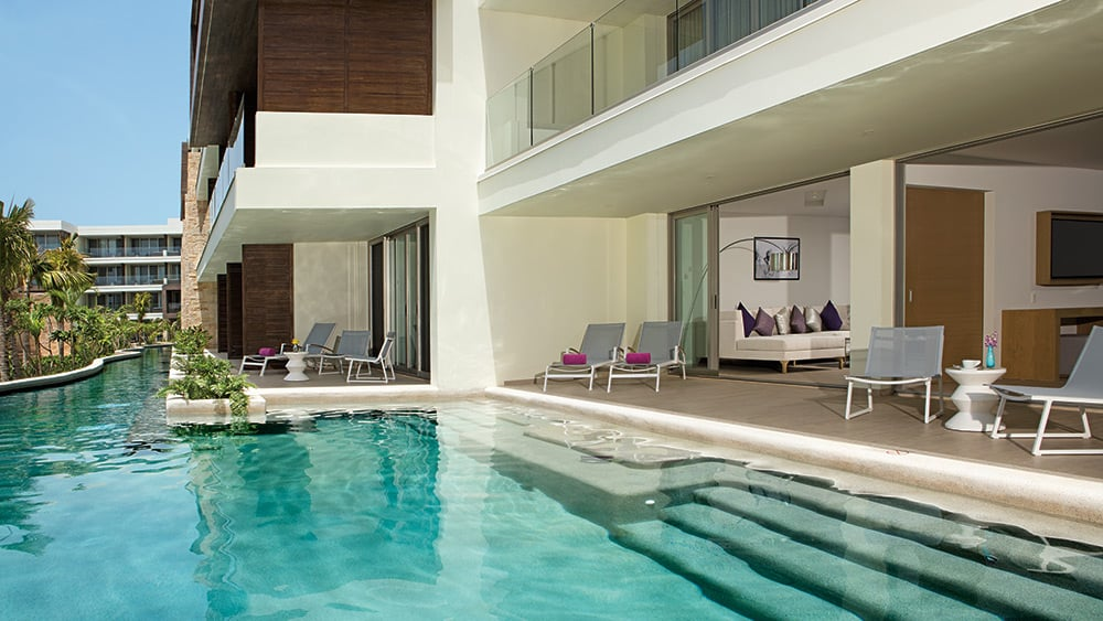 Direct pool access of the Xhale Club Presidential Suite Swimout Oceanfront at Breathless Riviera Cancun