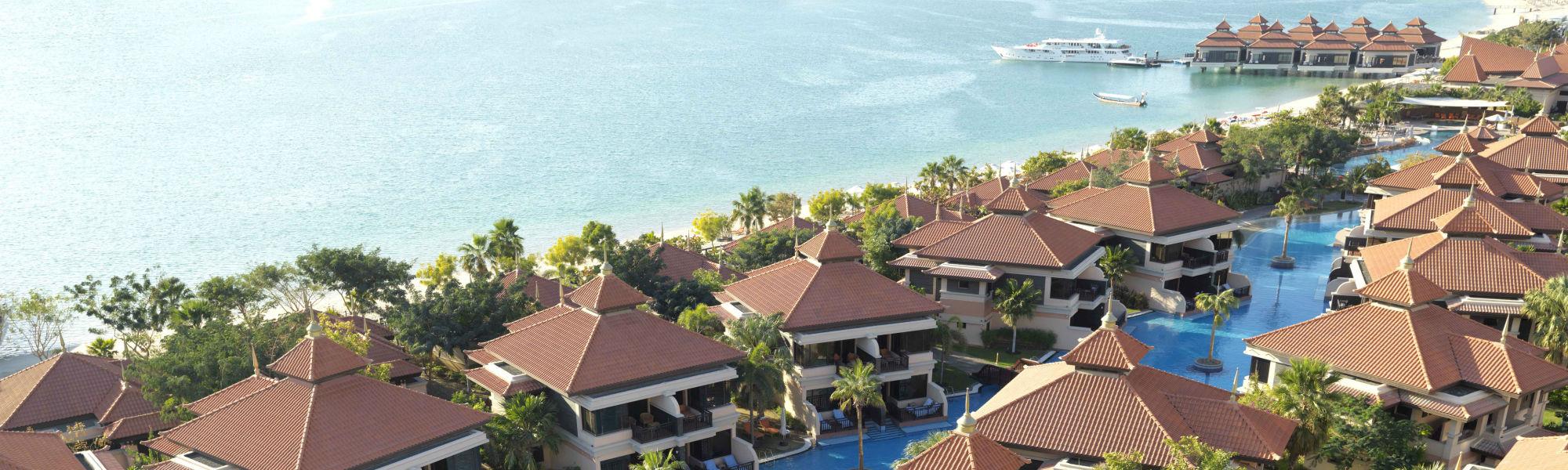 Aerial Day View of the Anantara The Palm Dubai