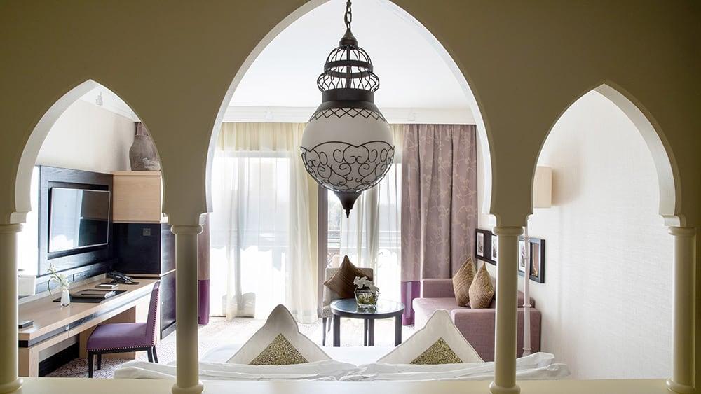 Bedroom of the Arabian Club Room at Jumeirah Mina A'Salam
