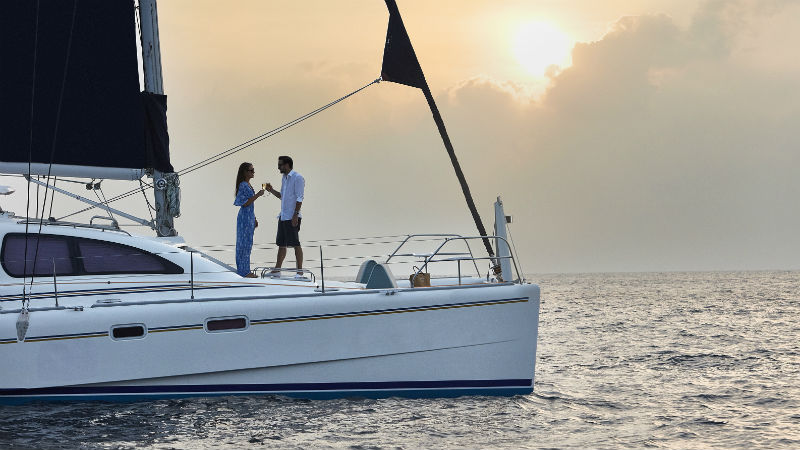 Catamaran Sunset Cruise OneAndOnly ReethiRah