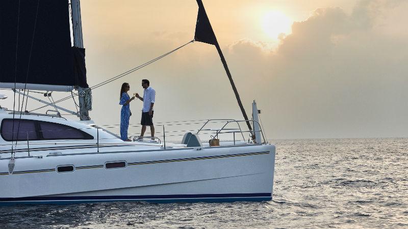 Catamaran Sunset Cruise OneAndOnly ReethiRah