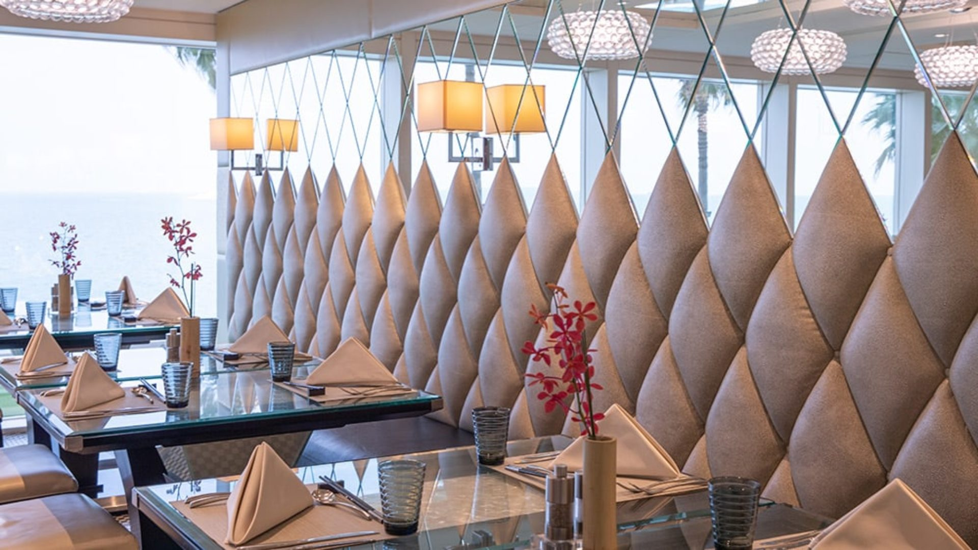 Tables at Junsui Restaurant at the Burj Al Arab