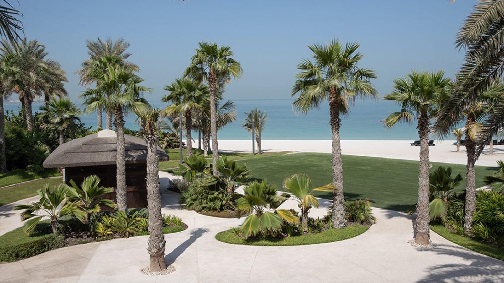 Private beach at Jumeirah Dar Al Masyaf