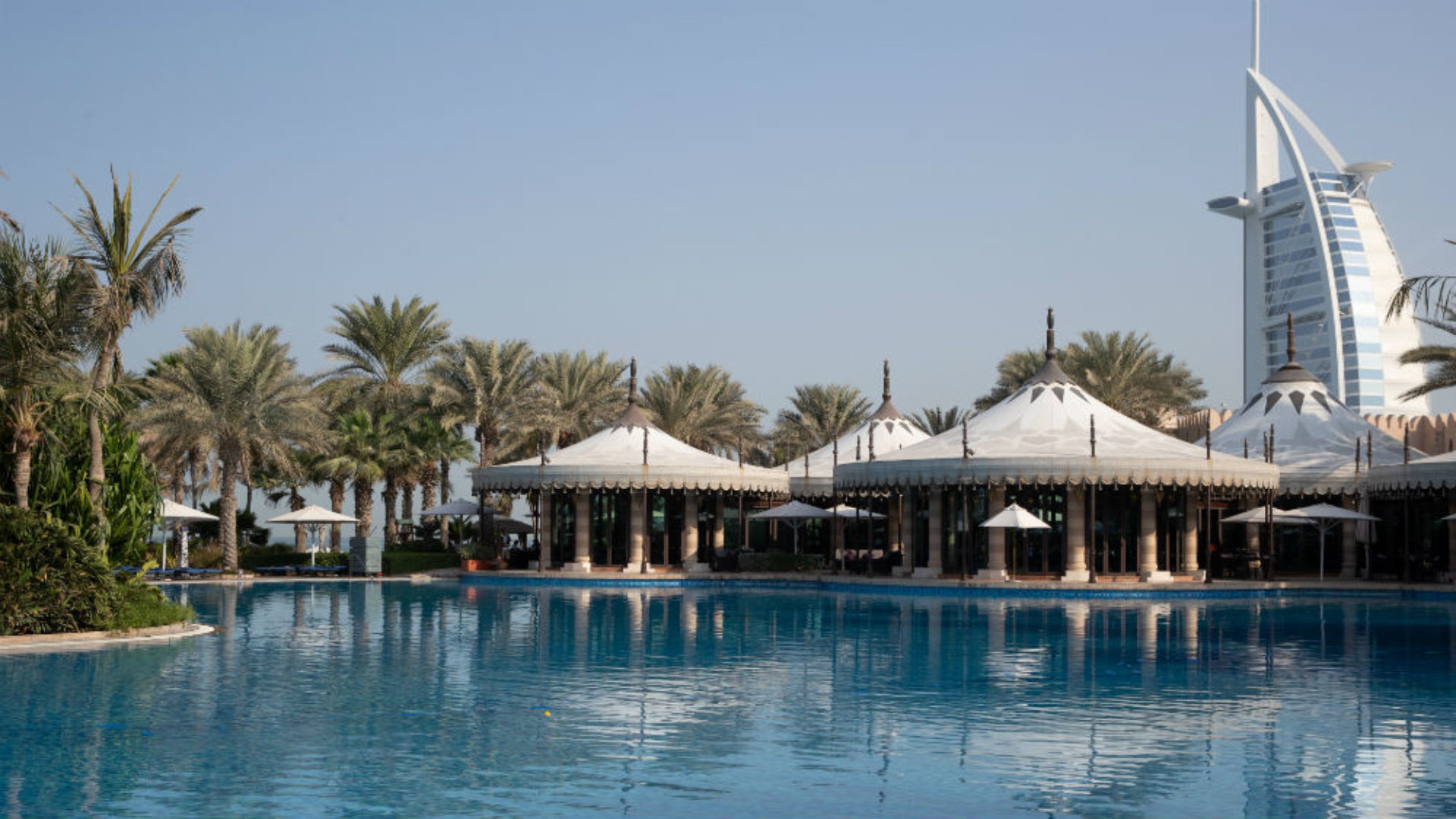 Main Pool at the Jumeirah Al Qasr