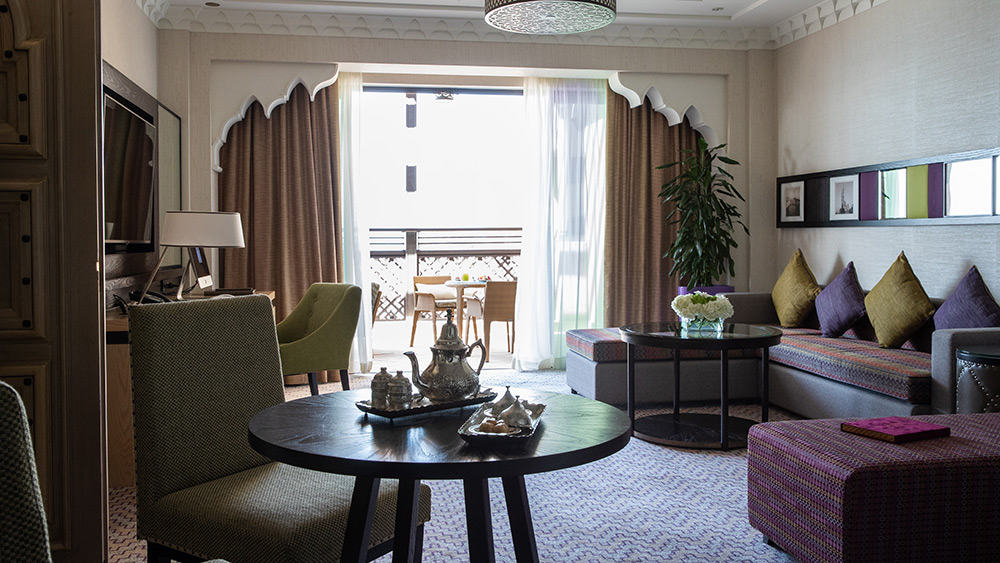 Living room of the Ocean Premier Suite at Jumeirah Mina A'Salam