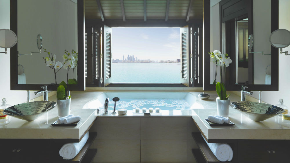 Overwater at the Villa Bath Anantara The Palm Dubai