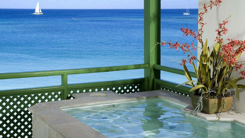 Plunge Pool at the Mango Bay resort