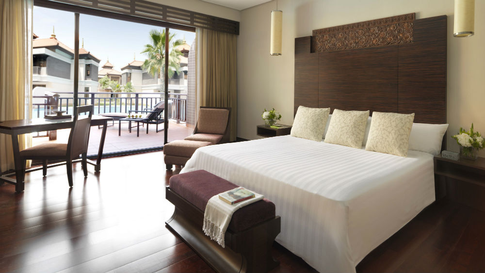 Premier Lagoon Access Room at theAnantara The Palm Dubai