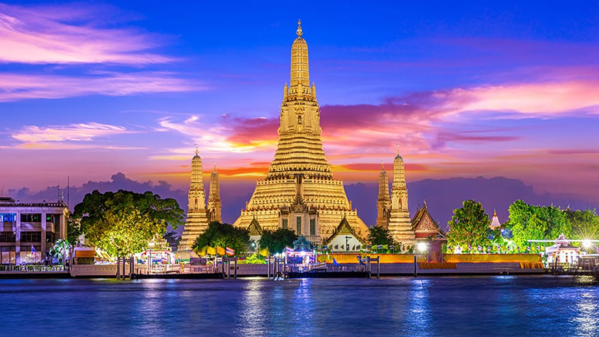 Wat Arun in Bangkok on a Thailand Multi-Centre
