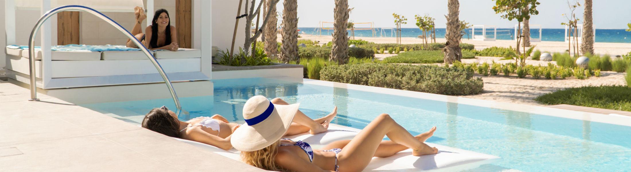 Relaxing at the Beach Villa pool Nikki Beach Resort & Spa Dubai
