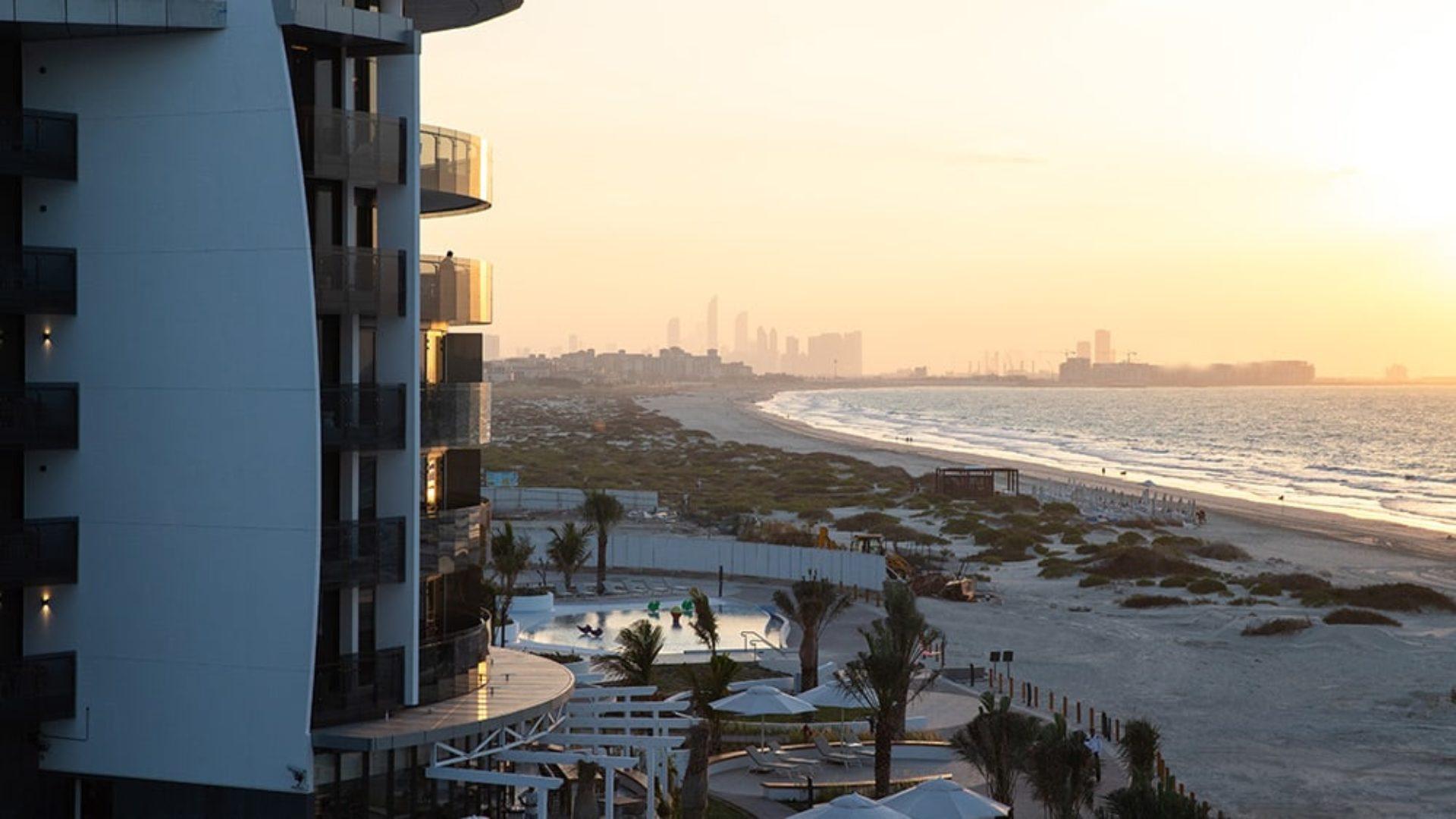 Sun setting over Abu Dhabi from Jumeirah at Saadiyat Island