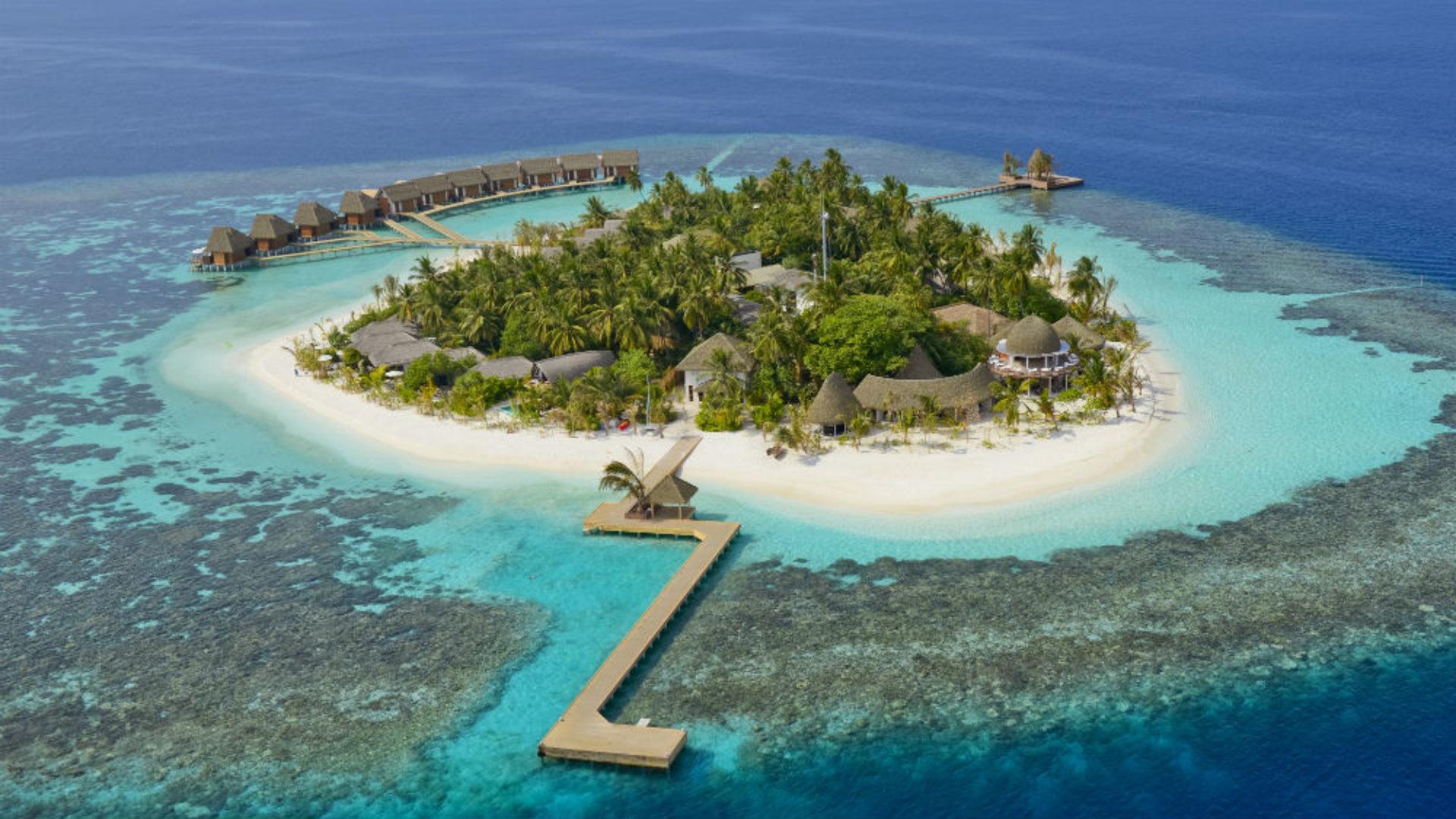Kandolhu island Maldives close up
