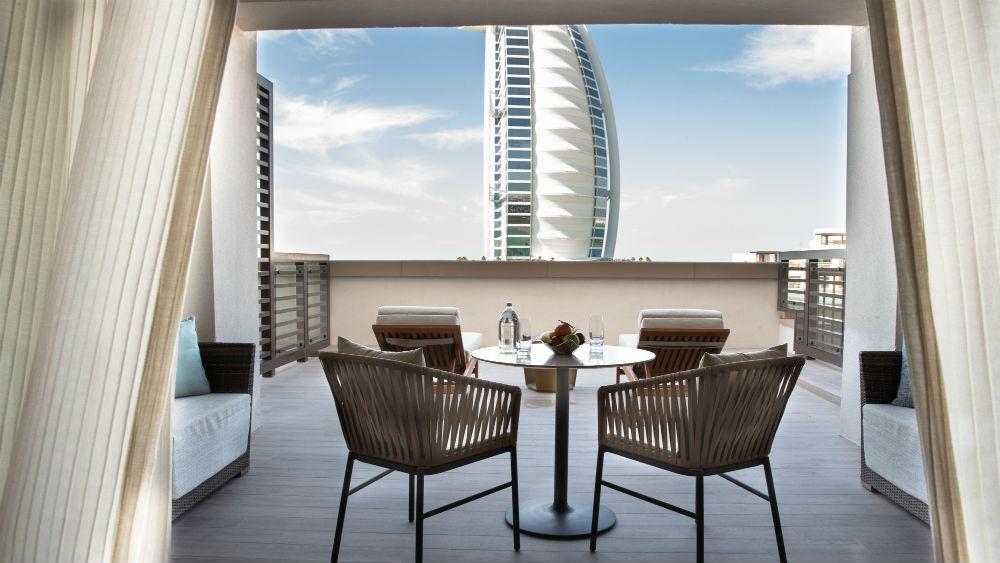 Ocean Club Terrace Suite Bedroom at the Jumeirah Al Naseem