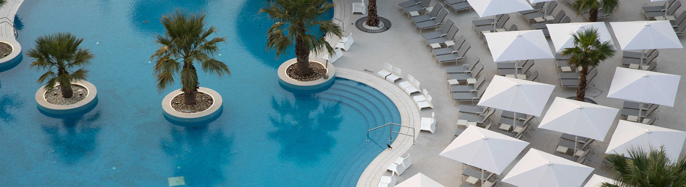 Aerial view of the leisure pool at Jumeirah Beach Hotel