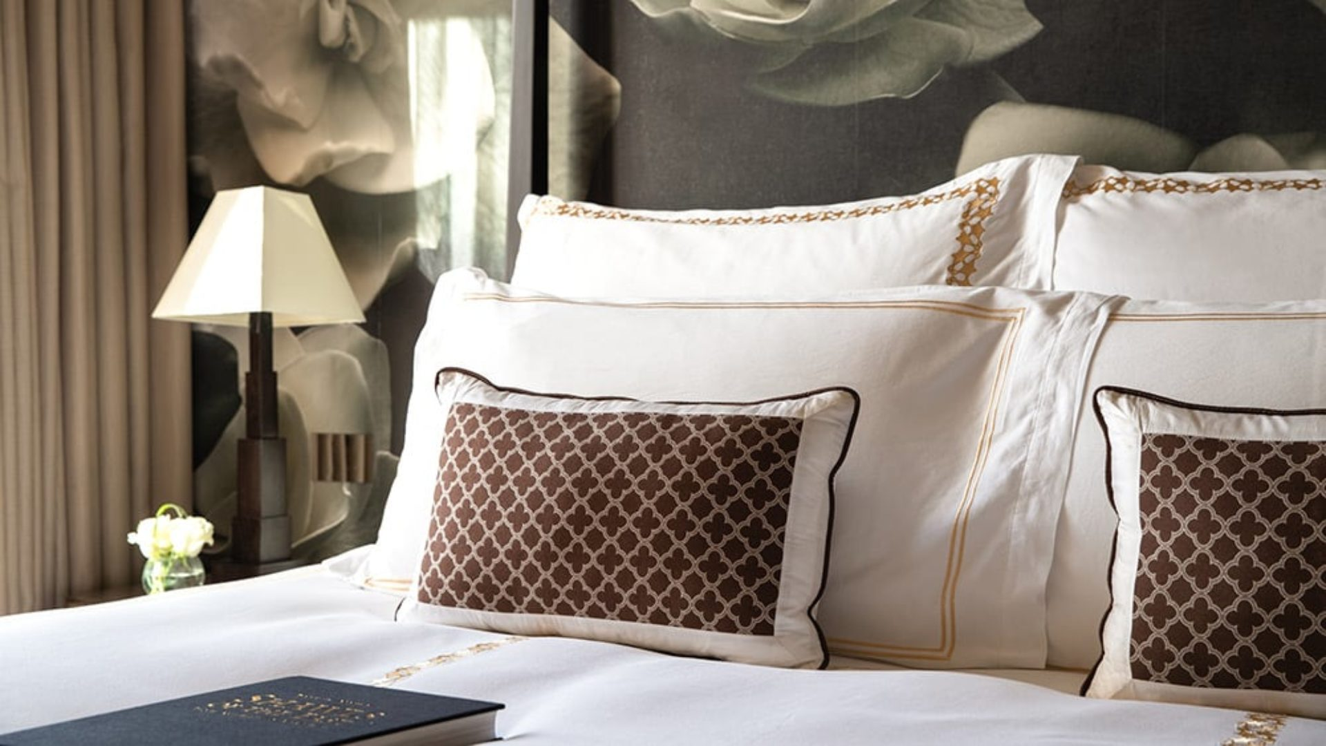 Luxury bedroom at Jumeirah Emirates Towers